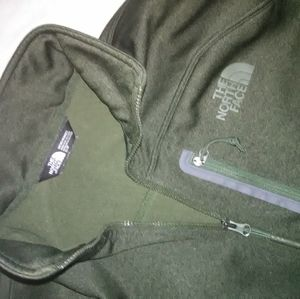 The Northface green pullover